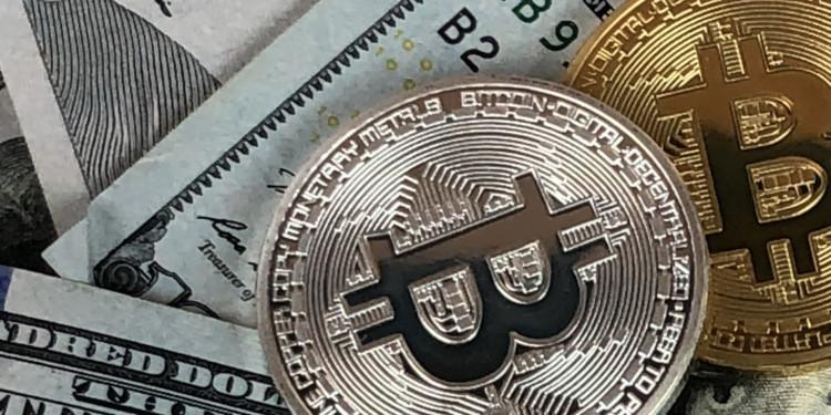 bitcoin might fall below 2000 dollars