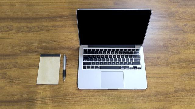 macbook pro 1050973 640