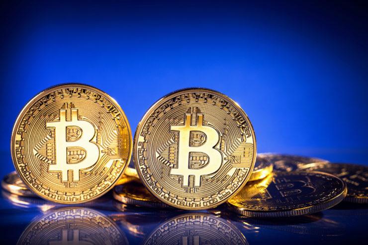 Bitcoin price prediction analysis: experts dismiss Peter Schiff remark