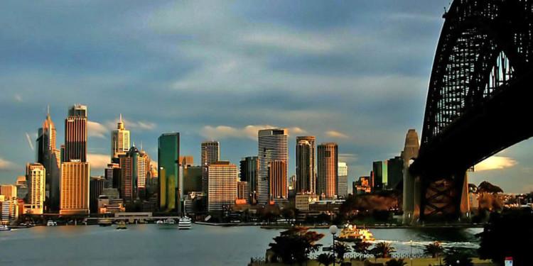Australia regulatory body warns 'Bitcoin Traders' is illegal scheme, so far 1
