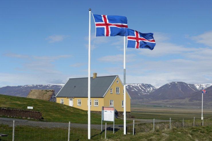 Iceland begins its blockchain venture by legitimizing cryptocurrency use 1