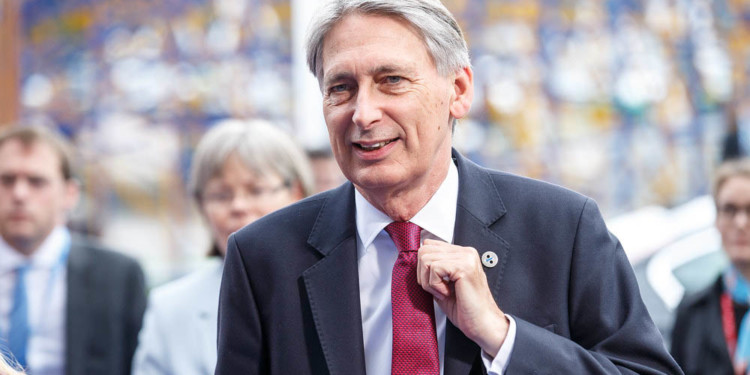British Minister believes authorities should decide Libra's fate not politicians 1