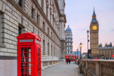 Coinbase imposes minimum deposit restriction for British users 12