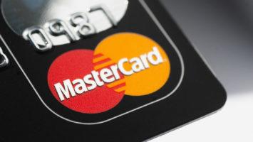 Mastercard blockchain fashion