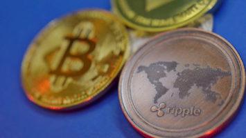 Will Musk-Bezos space endeavor trigger Bitcoin adoption? 2