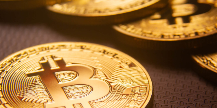 Bitcoin or Gold? Which is a preferable asset in current uncertain financial conditions? 1
