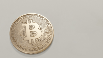 Is Bitcoin price only based on the traders' sentiments? 1