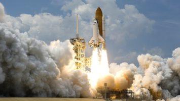 Bitcoin and EOS drive DApp growth