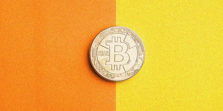 Bitcoin price finds some footing after $800 rush