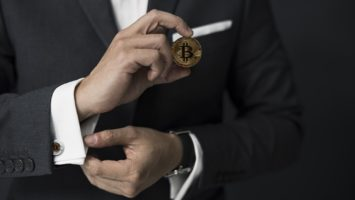 Dark web picks Bitcoin over other currencies, report