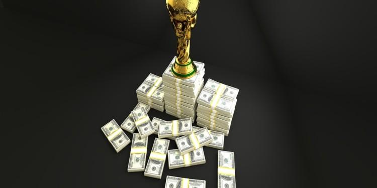 Coinbase announces staking rewards on Tezos