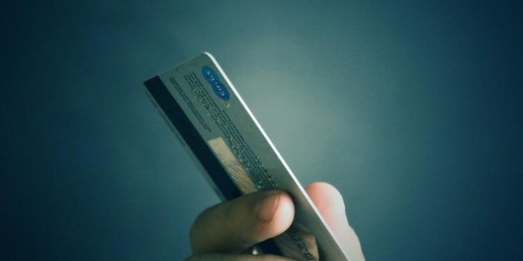eToro to launch eToro debit card in 2020