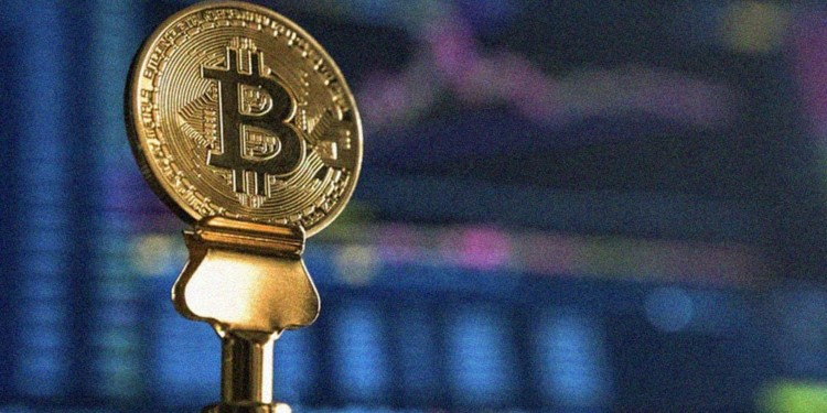 Bitcoin price stabilizes at $9600: Weird patterns ahead? 1