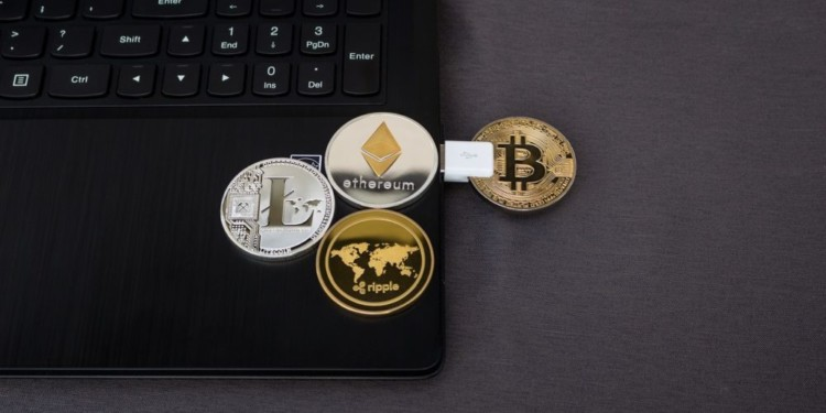 Japanese fined 100,000 yen for illegal crypto-mining programs