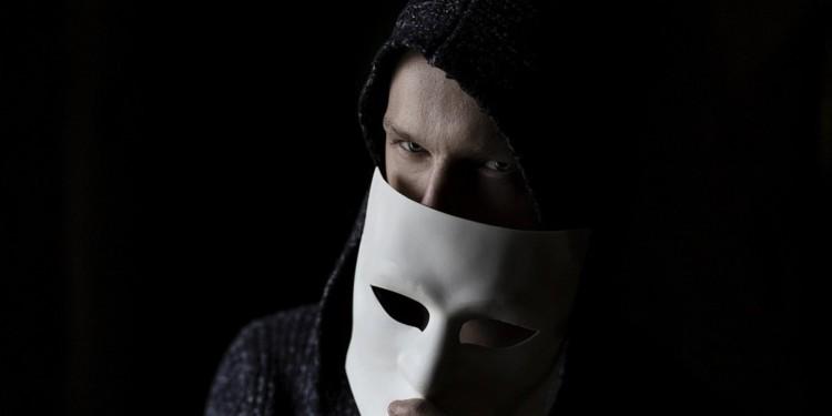 Scam Alert - Fake CoinDesk staff scammers on social media
