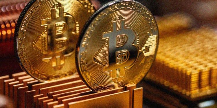 Bitcoin vs Gold- Bitcoin is not Gold