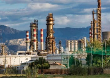 Oil price collapses highlighting vulnerability of tangible asset prices