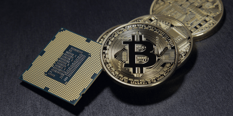 Bitcoin price continues to vary above $8800 1