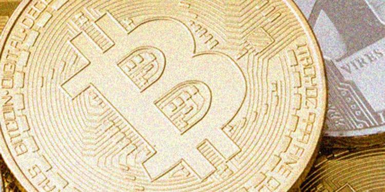 Bitcoin price sees brief correction towards $9300