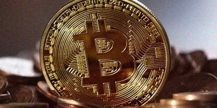 Bitcoin price varies near $9600; move towards $9900 next?
