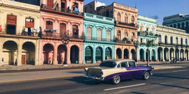 Cuban crypto industry rises amidst a crippling economy